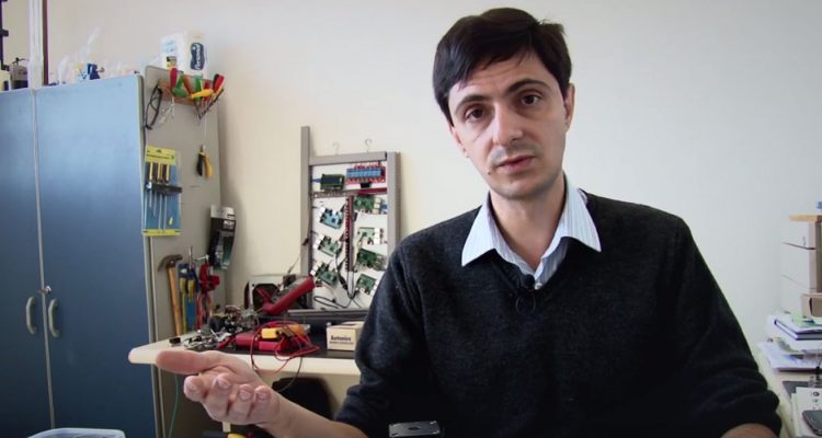 professor-rafael-vidal-aroca-engenharia-mecanica-instrumentacao-pesquisa-ufscar-labi